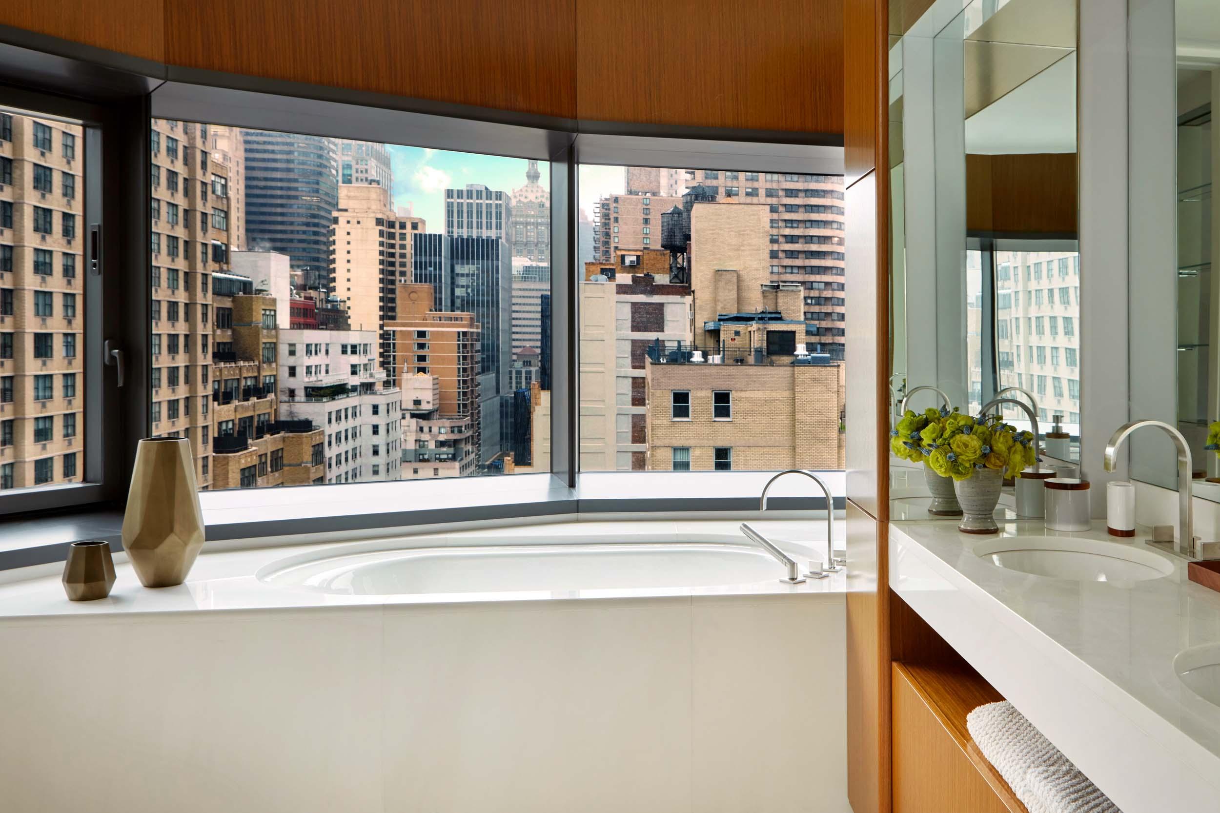 Jarret+Yoshida-Bathroom With View NYC 50UNP